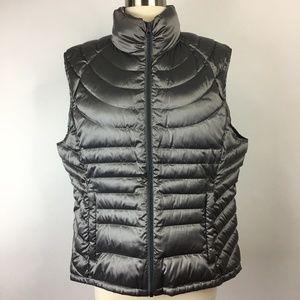 Bernardo Goose Down Vest Size XL